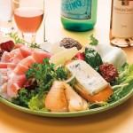 "Salade ""Moltissimo"" au gorgonzola, jambon fumé d'Italie et mozzarella"